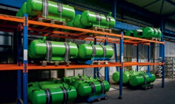 kompresory-atmos-perfect-montaz-tlakove-nadoby